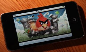 Frequency of gaming highest amongst smartphone and tablet owners