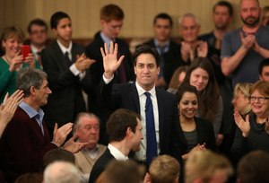 Broad support for Miliband bank reforms