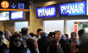 Ryanair's charm offensive starting to win round flyers