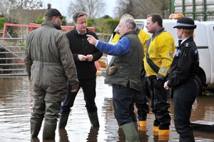 Government must do better on floods, say public