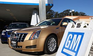 Despite crisis, GM has unusual hold on current customers