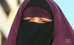 Two thirds Brits want burqa ban