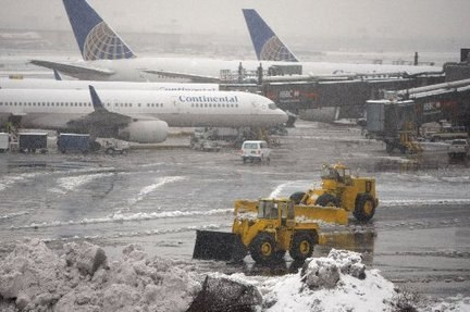 Holiday Snow Sinks Airlines' Consumer Ratings