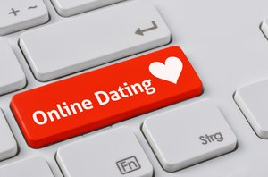 Half of Filipinos have used internet dating