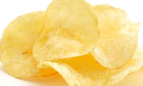 1/3 of children eat crisps daily
