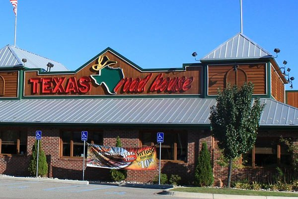 Texas Roadhouse & BJ's Top Millennial Satisfaction Levels