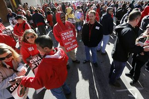 News Coverage of Verizon Strike and Service Issues Sinks Perception to Three Year Low
