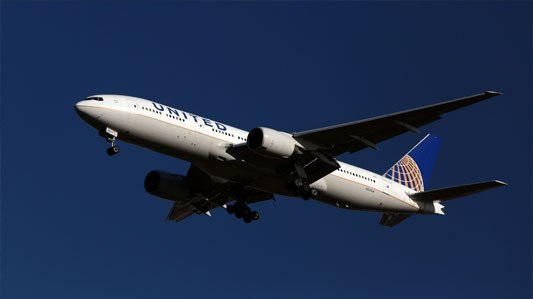United's brand turbulence leaves rivals in cruise control