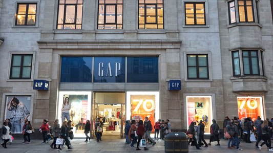 Changing allegiances means younger shoppers mind the Gap